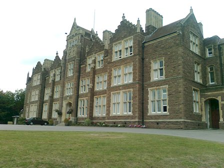 HABERDASHERS´MONMOUTH SCHOOL FOR GIRLS