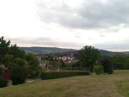 Utsikt över stan från skolan.