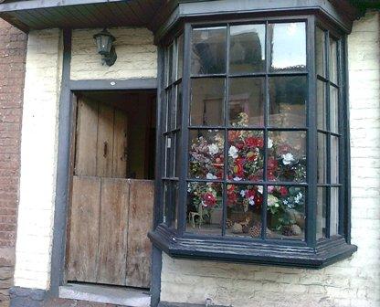 Ledbury, dörr och fönster