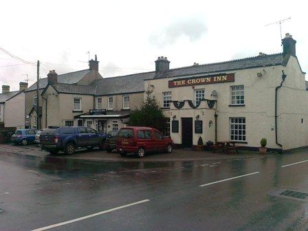 Raglan, The Crown Inn