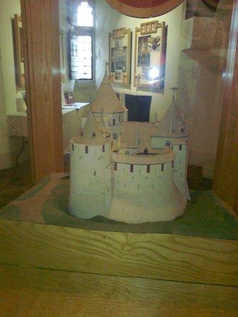 Castell Coch, modell av slottet